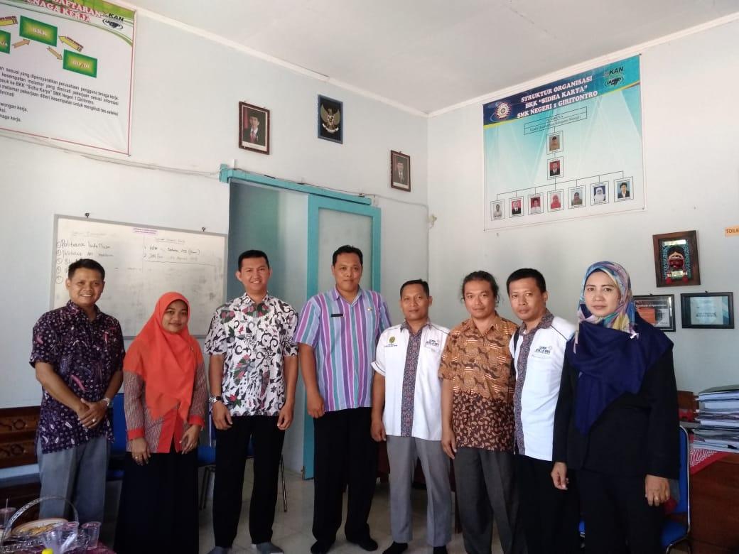 Songsong Era Industri 4.0, Unjani Yogyakarta Bekali Siswa SMKN Giritontro Wonogiri